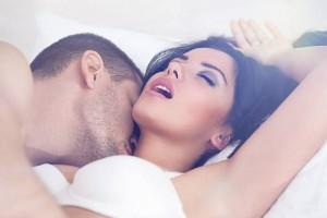 Як зрозуміти, що вона симулює оргазм?
